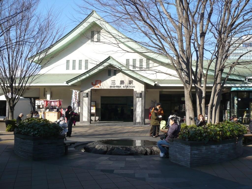 三島駅 駐車場 安い
